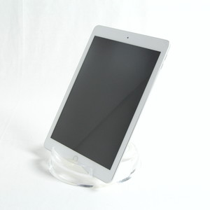 iPad (第6世代) Wi-Fi 32GB シルバー MR7G2J/A