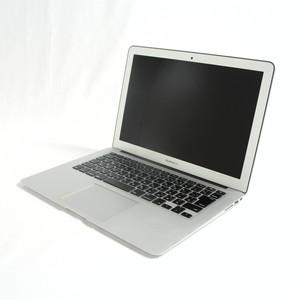 MacBook Air (13-inch・Early 2014) プロセッサ:1.4GHz Intel Core i5/メモリ:4GB/ストレージ:256GB SSD (MD761J/B)