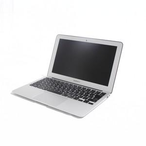 MacBook Air (11-inch・Early 2015) プロセッサ:1.6GHz Intel Core i5/メモリ:4GB/ストレージ:128GB SSD (MJVM2J/A)
