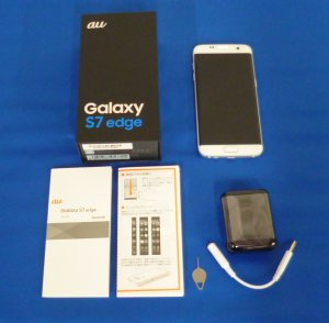 Galaxy S7 edge SCV33 White Parl au対応端末